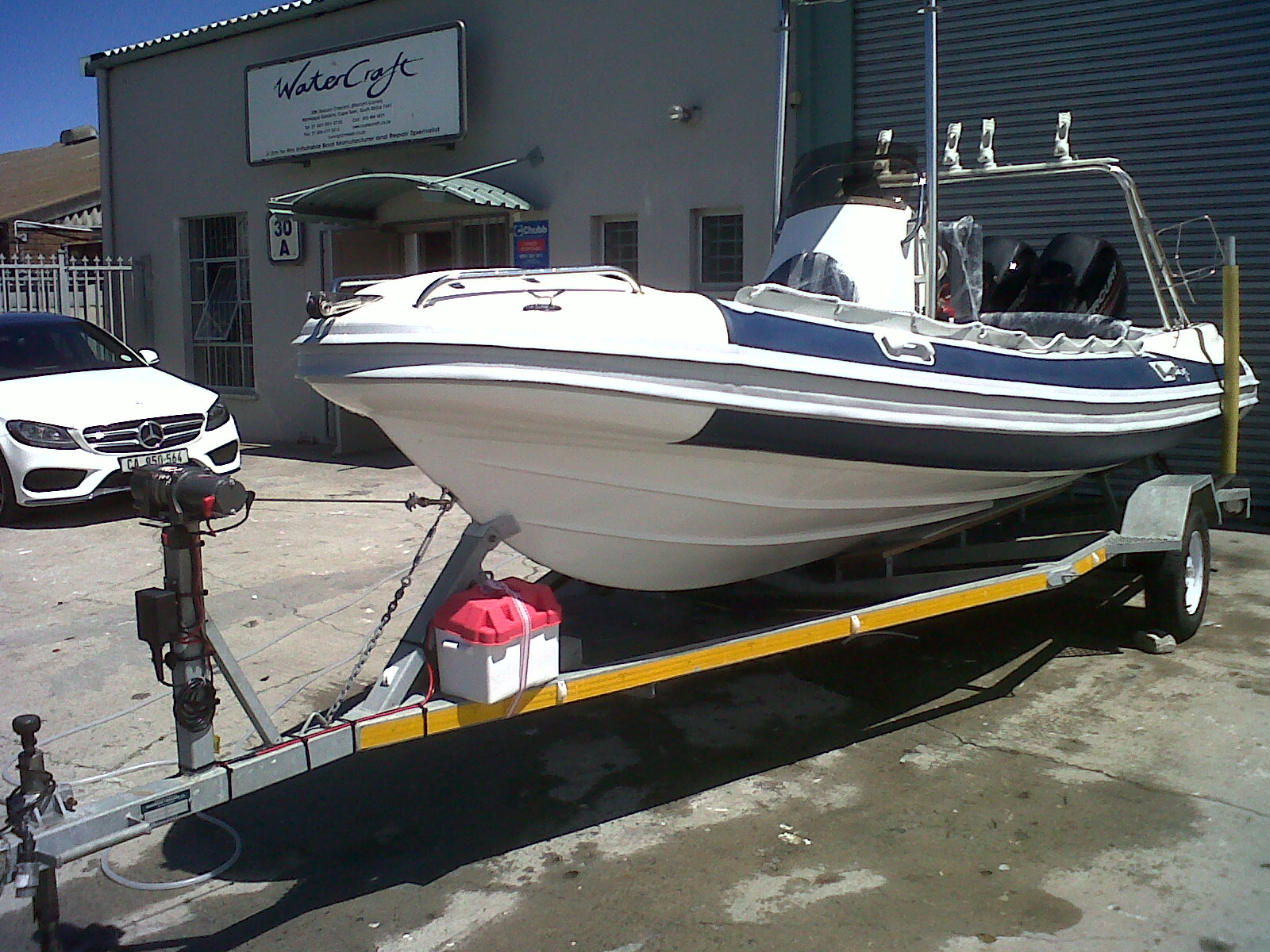 Luxline | Watercraft